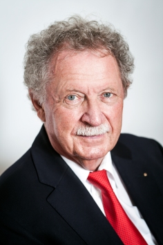 Reinhard Bubendorfer